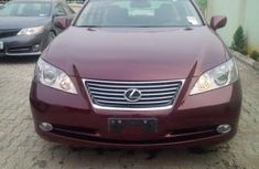 2010 clean and neat Lexus es350
