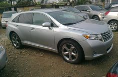 Very clean Toyota venza 2009 model for sale