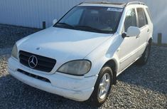 Very clean and neat Mercedes Ben  ML 2000