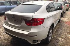 Full option BMW x6 2010 White for sale