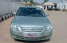 Clean Toyota Avalon 2006 for sale