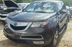 NEAT AND CLEAN ACURA MDX 2011 MODEL CALL ON :+2348101594838.