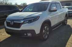 Honda ridgline 2017 White for sale
