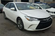 Toyota Camry 2017 White for sale