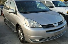 Toyota sienna 2005 in good condition for sale