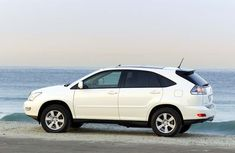 2005 Lexus RX330 Review: Interior, Problems, Price & More