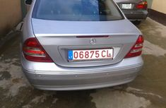 Forign used mercedes bens c200 2002 model silver on for sale