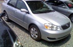 2005 Shinning silver tokunbo Toyota Corolla le