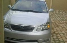 2005 Silver lining clean up tokunbo Toyota Corolla sport FOR SALE