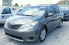 Tocumbo Toyota Sienna 2016 for sale.