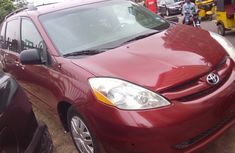 Sharp red 2005 Toyota Sienna Limited Edition for sale
