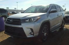 2017 Toyota Highlander Limited Edition Silver For Sale