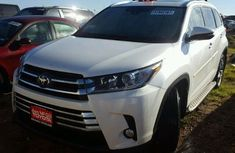 2017 Toyota Highlander Limited Edition White For Sale