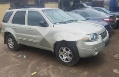 Ford Escape 2004 FOR SALE