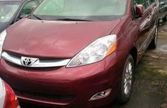 Well Maintained Toyota Sienna 2006 for sale