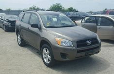 CLEAN AND NEAT TOYOTA RAV4 2007 model FOR SALE