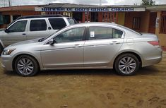Good used Honda Accord 2010 for sale with full option
