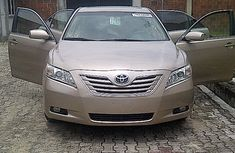 Used Toyota Camry 2008 Gold for sale