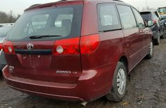 Toyota Sienna 2008 in good condition for sale