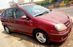 Nissan Almera Tino 2001 Red for sale