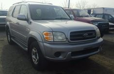 2001 Toyota Sequoia SR in good condition for sale