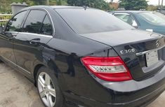 Clean 2009 Mercedes-Benz 300 for sale