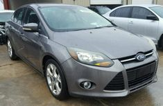 FORD FOCUS 2012 GREY FOR SALE