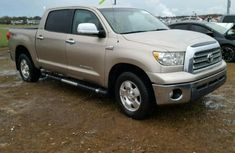 Tundra 2012 Gold for sale