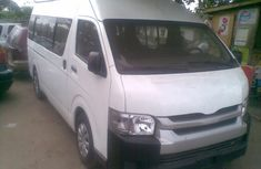 Toyota Hiace Bus Hummer2 2003 White For Sale