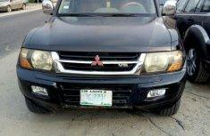 Clean Mitsubishi Montero 2004 Black for sale
