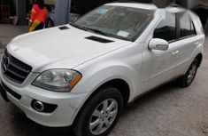 Tokunbo Mercedes-Benz M Class ML350 2006 White for sale