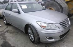 2009 Hyundia Genesis Le Salvage for sale