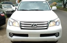 Clean and tidy up Lexus 2004 White for sale