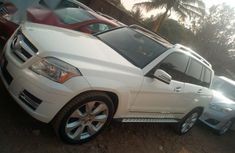 Mercedez-Benz GLK 350 2010 White for sale