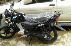 Suzuki motorcycle 2012 black for quick sale