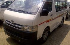 2002 Extremely Clean Toyota Hiace Bus FOR SALE