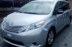 Clean Mint 2015 Toyota Sienna Xle Limited