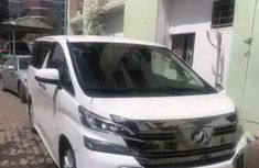 Clean 2014 Toyota Hiace bus FOR SALE