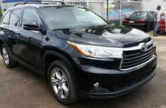 Toyota Highlander 2015 in good condition for sale