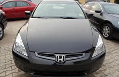 2005 Honda Accord black fresh