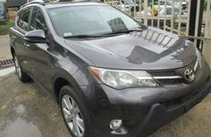 Clean Toyota RAV4 2017 for sale