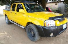Nissan Frontier 2003 Yellow For Sale