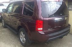 Clean Honda Pilot 2011 red for sale
