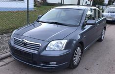Clean Toyota Avensis 2004 Gray for sale