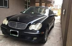 Well kept 2005 Mercedes-Benz C280 for sale