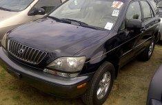 Clean Lexus RX300 2001 for sale