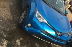 Toyota RAV4 2017 Blue For Sale