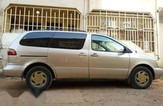 Toyota Sienna XLE 1998 For Sale