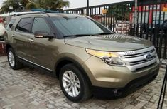 Ford Explorer 2013 Petrol Automatic Green