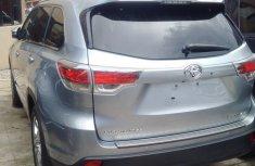 # Mint 014/2015 Toyota Highlander Xle. FOR SALE